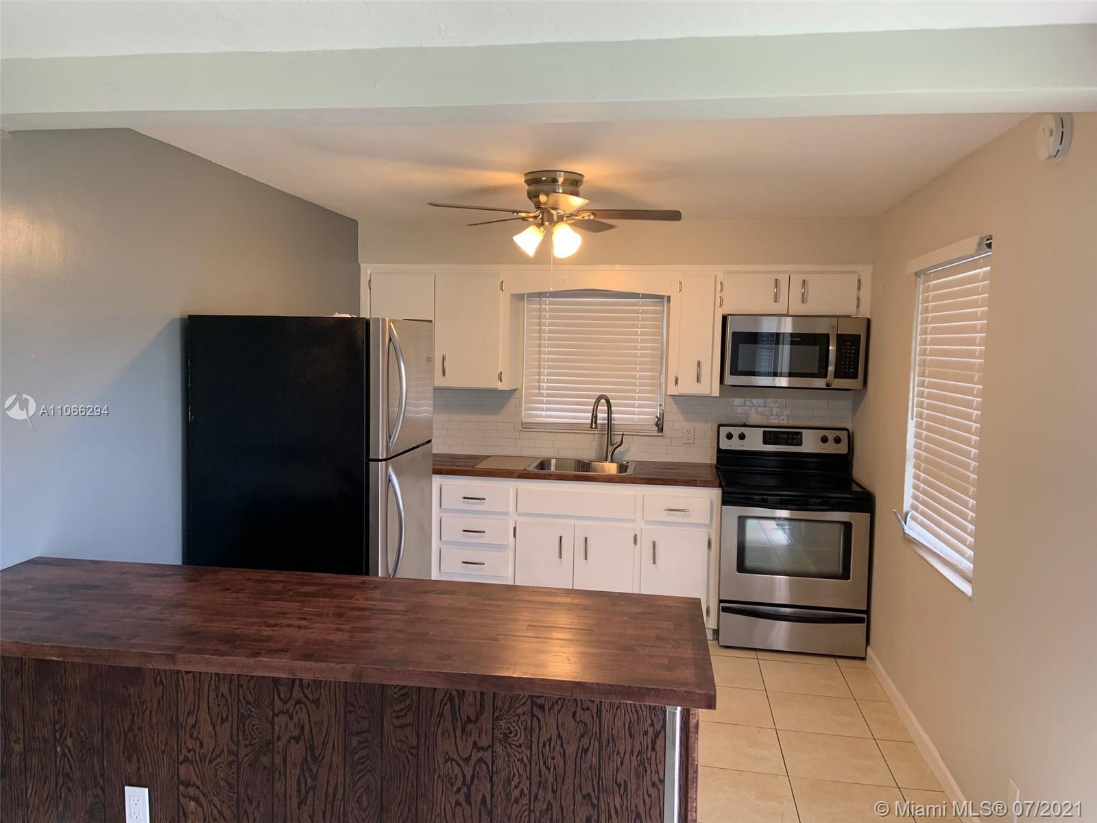 2407  Mckinley St #3 For Sale A11066294, FL