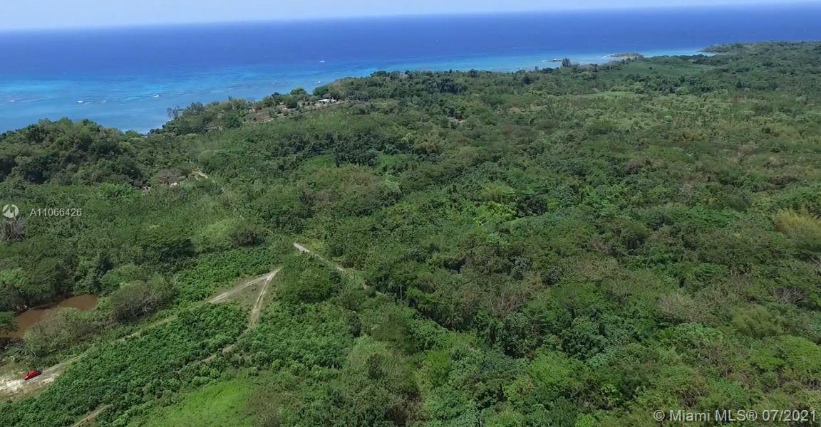 3  Priory, Jamaica  For Sale A11066426, FL