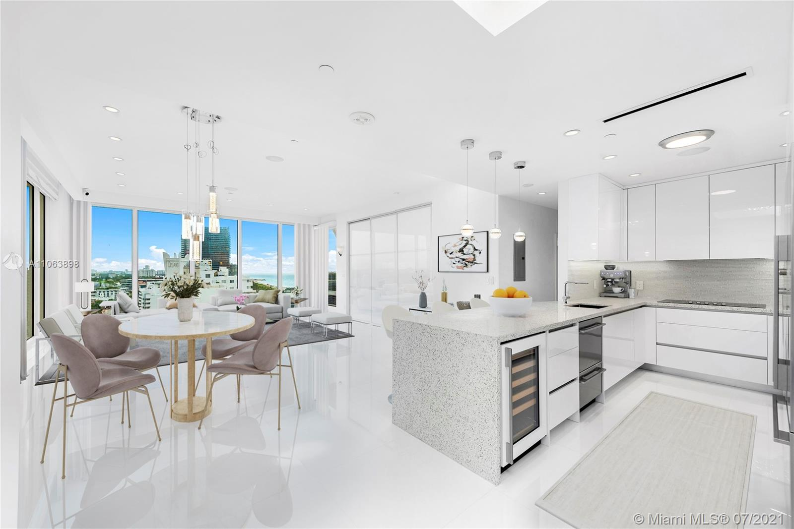 100  Lincoln Rd #PH10 For Sale A11063898, FL