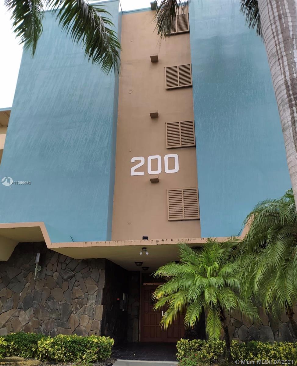200 NE 14th Ave #320 For Sale A11066682, FL