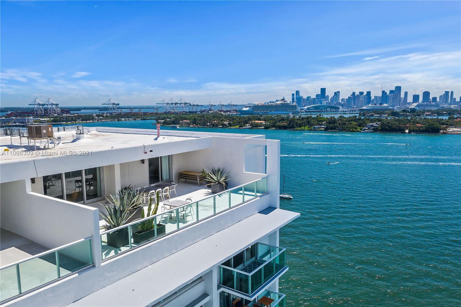 1000  West Ave #TS9 For Sale A11066309, FL