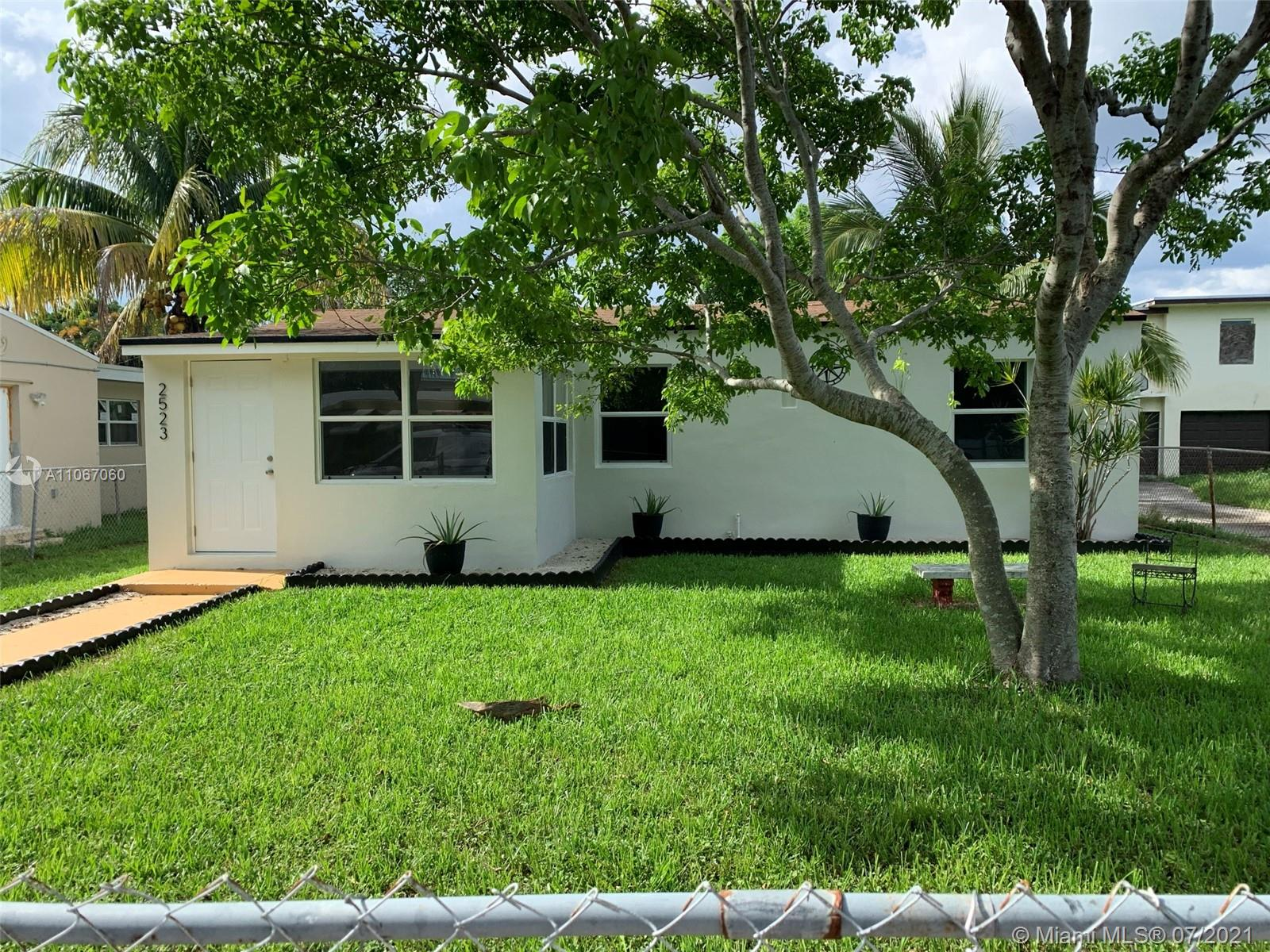 2523  Mckinley St  For Sale A11067060, FL