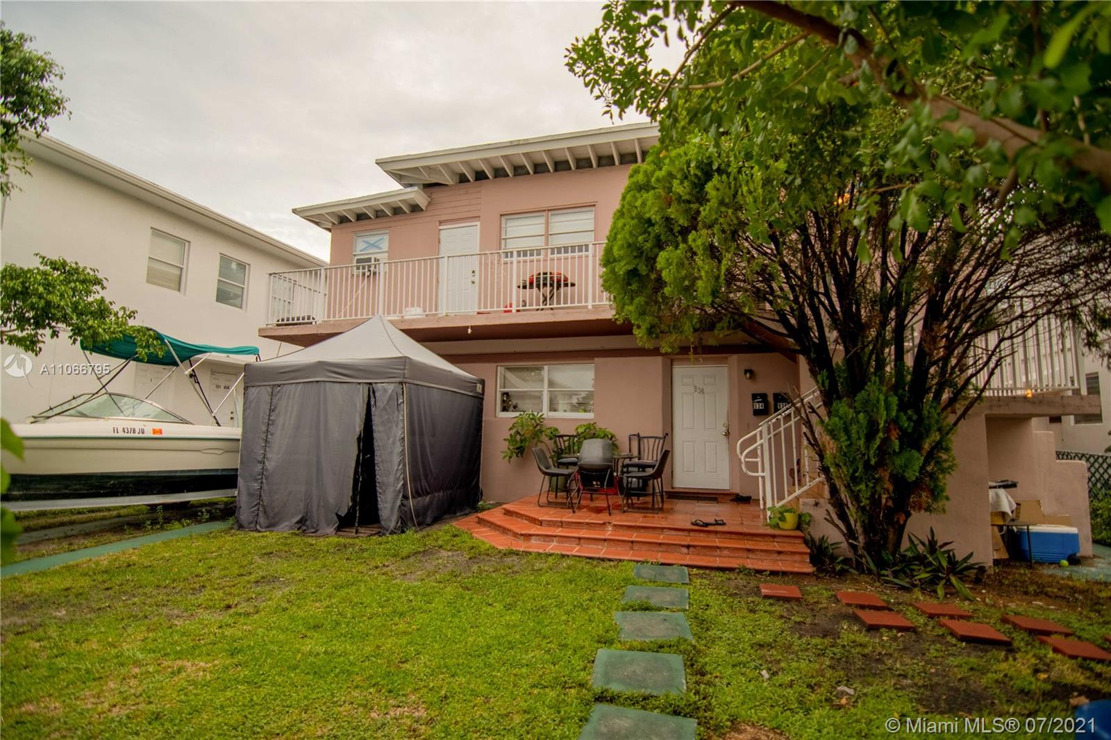 934  79th Ter  For Sale A11066795, FL