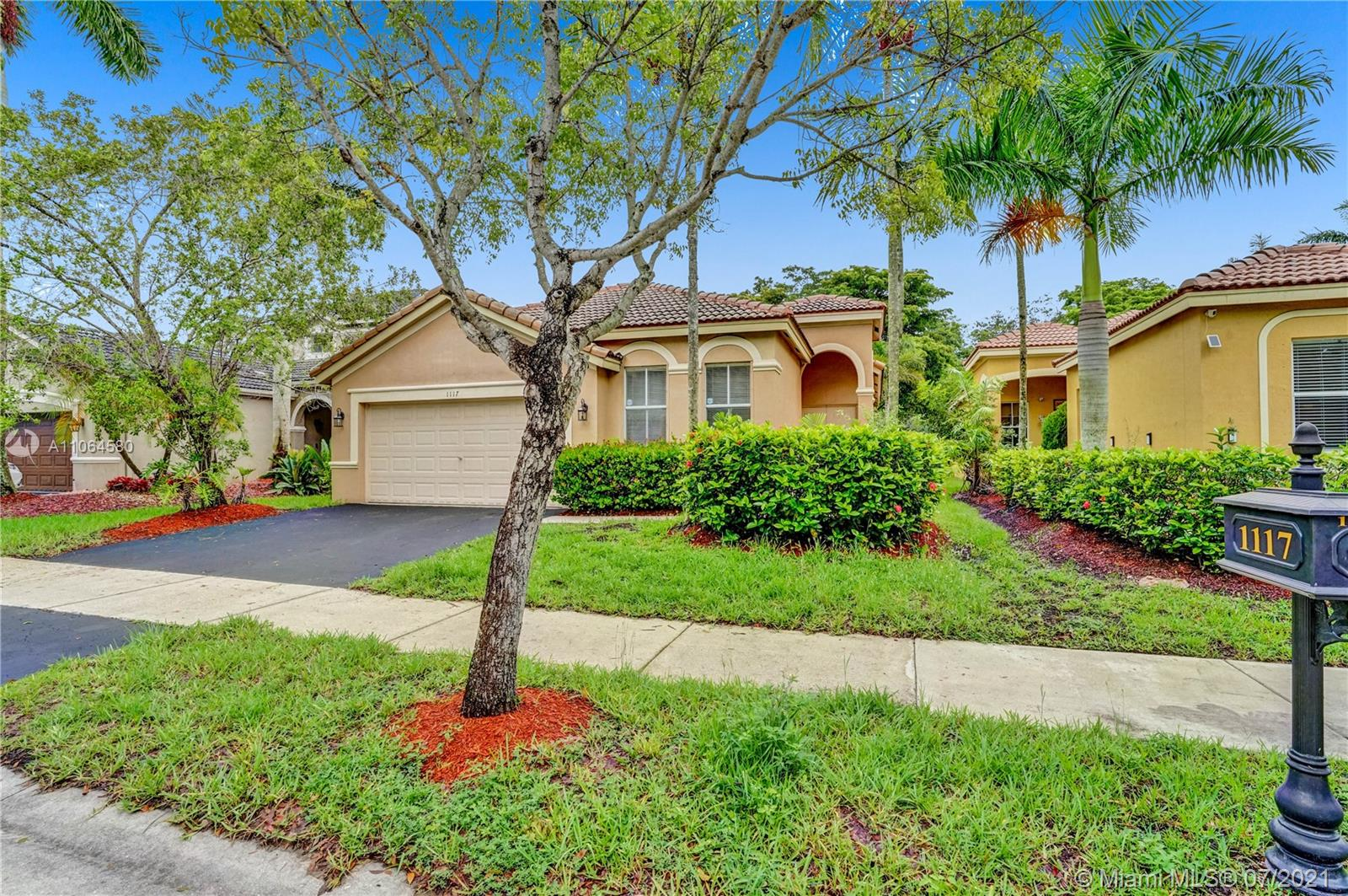 1117  Bluewood Ter  For Sale A11064580, FL