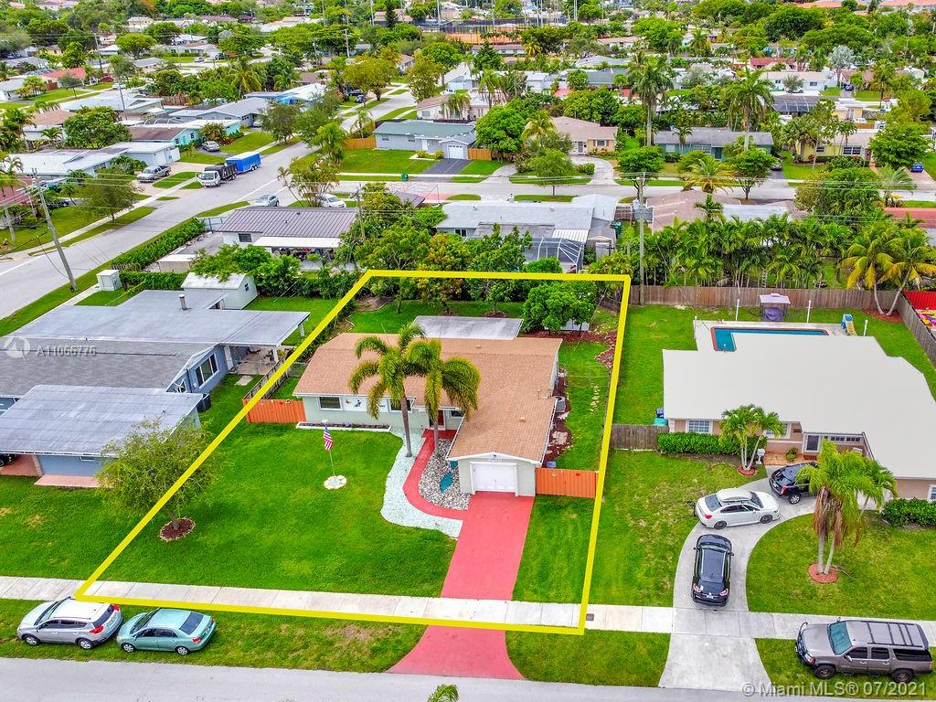8910 SW 197th Ter  For Sale A11066776, FL