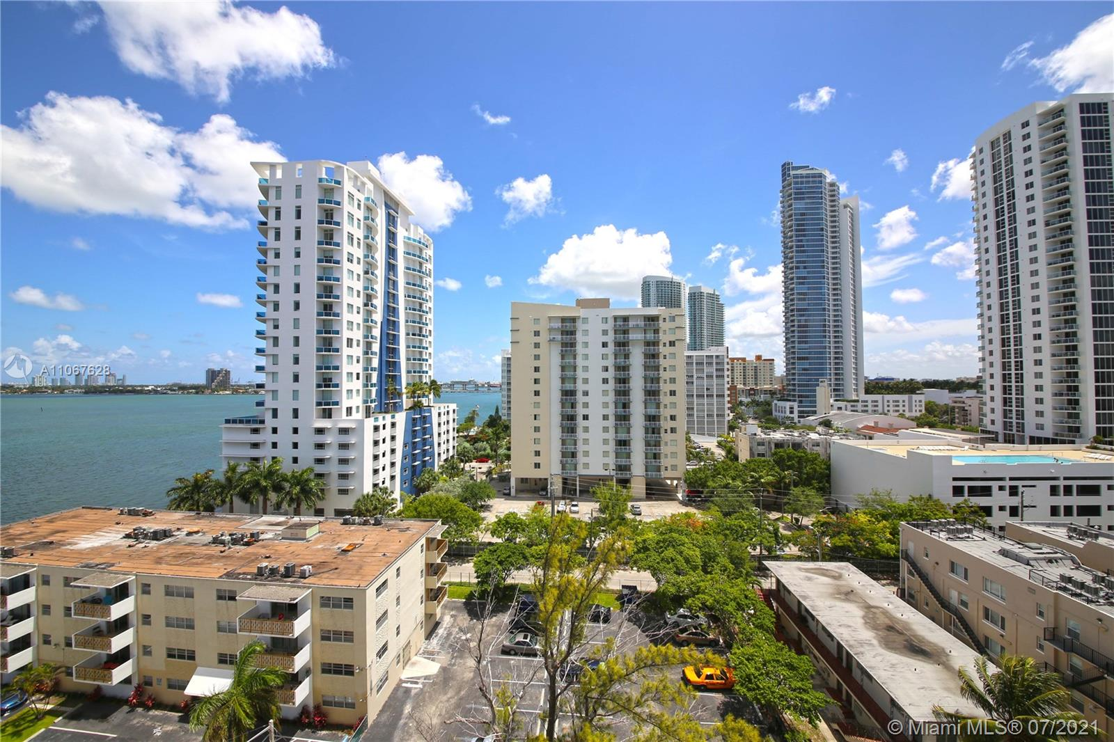 Amazing gorgeous views of the bay, Miami Beach, and Downtown skyline. Spacious 3 Beds and 2 baths corner unit ready for occupancy.The 23 Biscayne Bay features SS appliances, cherry wood finished kitchen cabinets, & porcelain floors in bathrooms.With wood floors, Berber carpet, paint throughout, ceiling light fixtures, & verticals in windows).