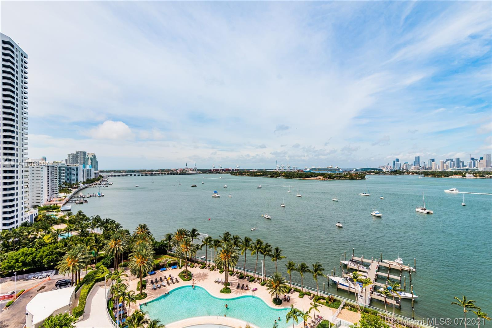 1500  Bay Rd #1526S For Sale A11068557, FL