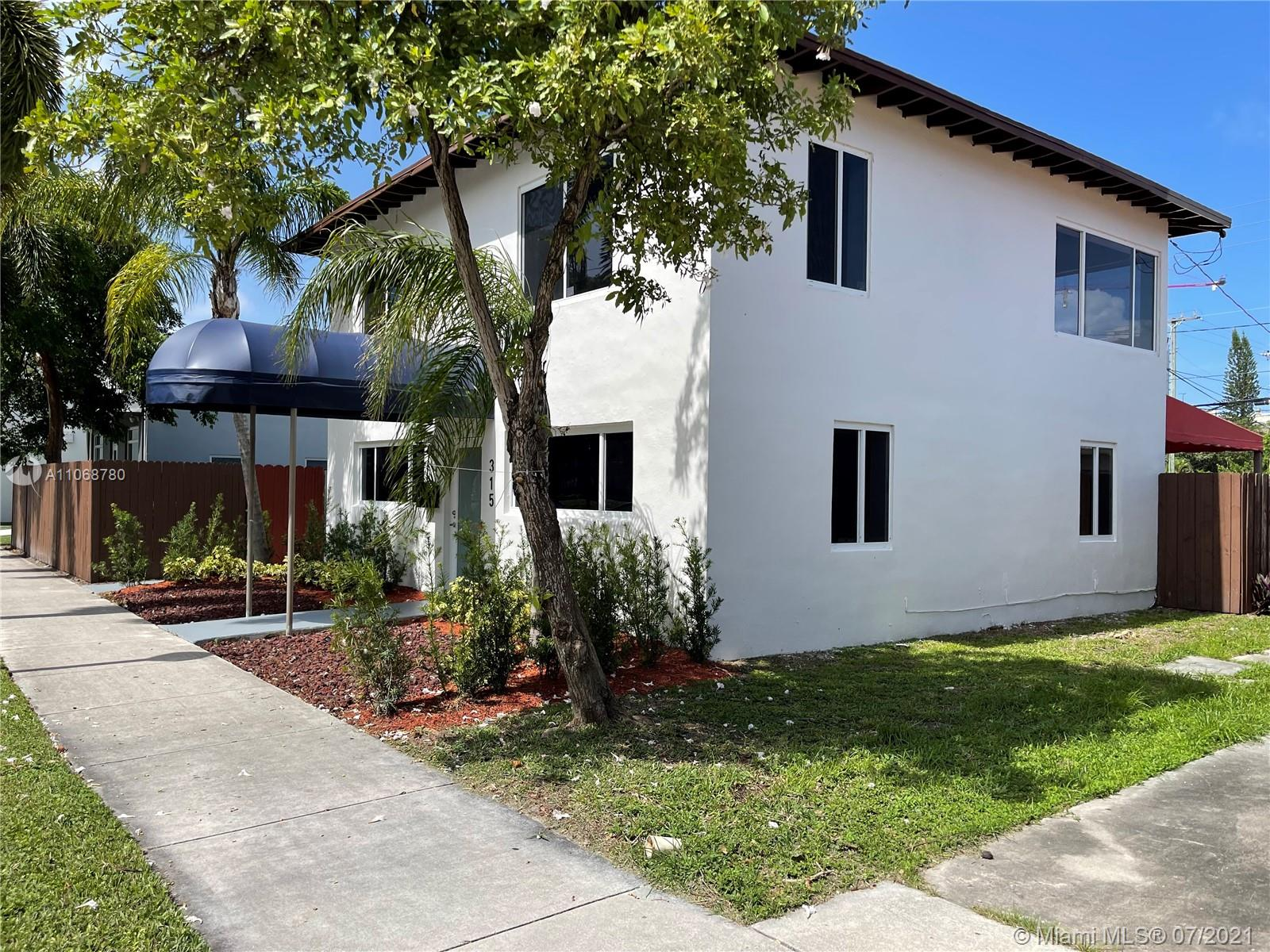 315 S 21st Ave #2 For Sale A11068780, FL
