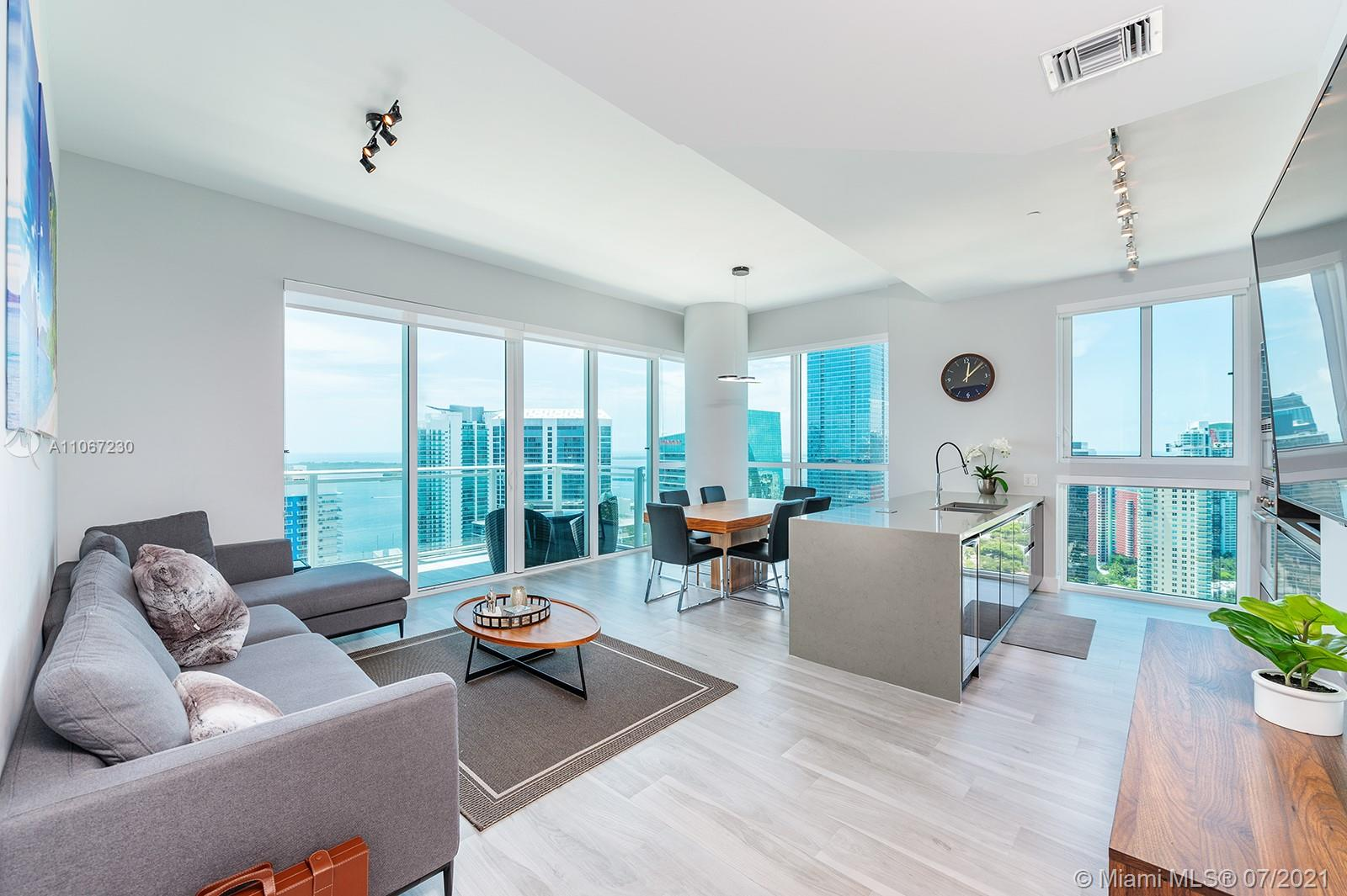 Won't last , it's a dream place to call Home or a Investor's  dream, 12 foot ceilings Beautiful 3 bedroom 3 bathroom ,the heart of Brickell with views of coral gables. The Bond's British glamour can be seen through the beautiful details of the building including Terry O'neill's famous photography of british stars, british inspired library and living room with a pool table, and even a full gym that overlooks South Miami ave. Place is rented and owner is very motivated bring offers