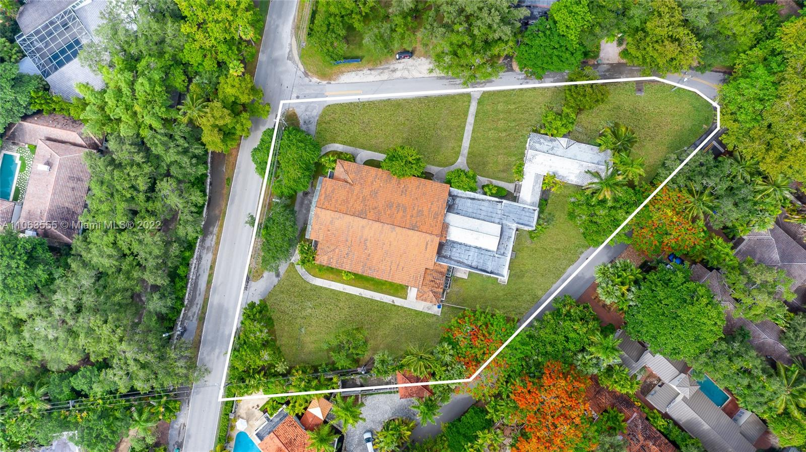 3840  Main Hwy  For Sale A11063555, FL
