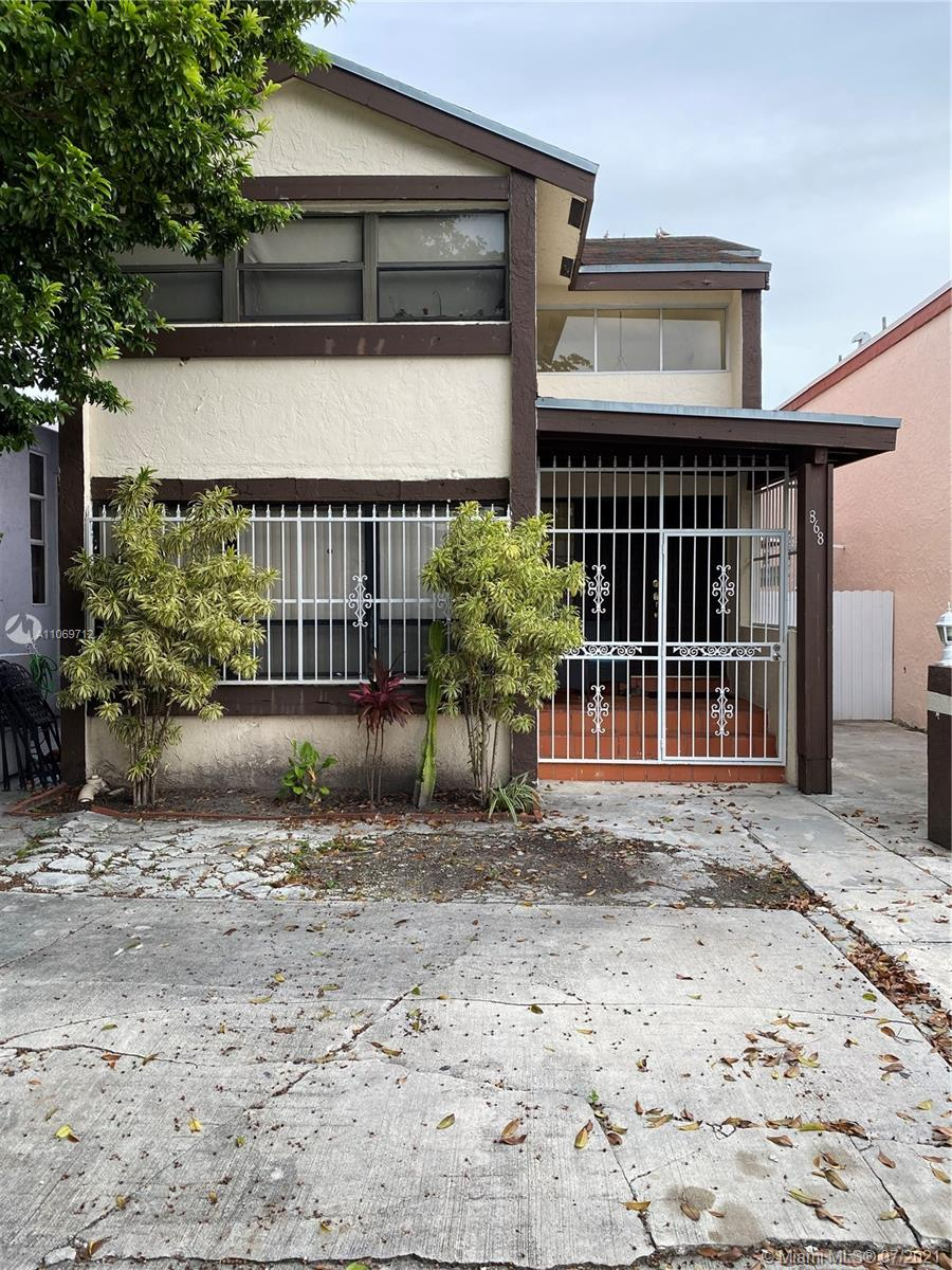 868 W 39th Pl  For Sale A11069712, FL