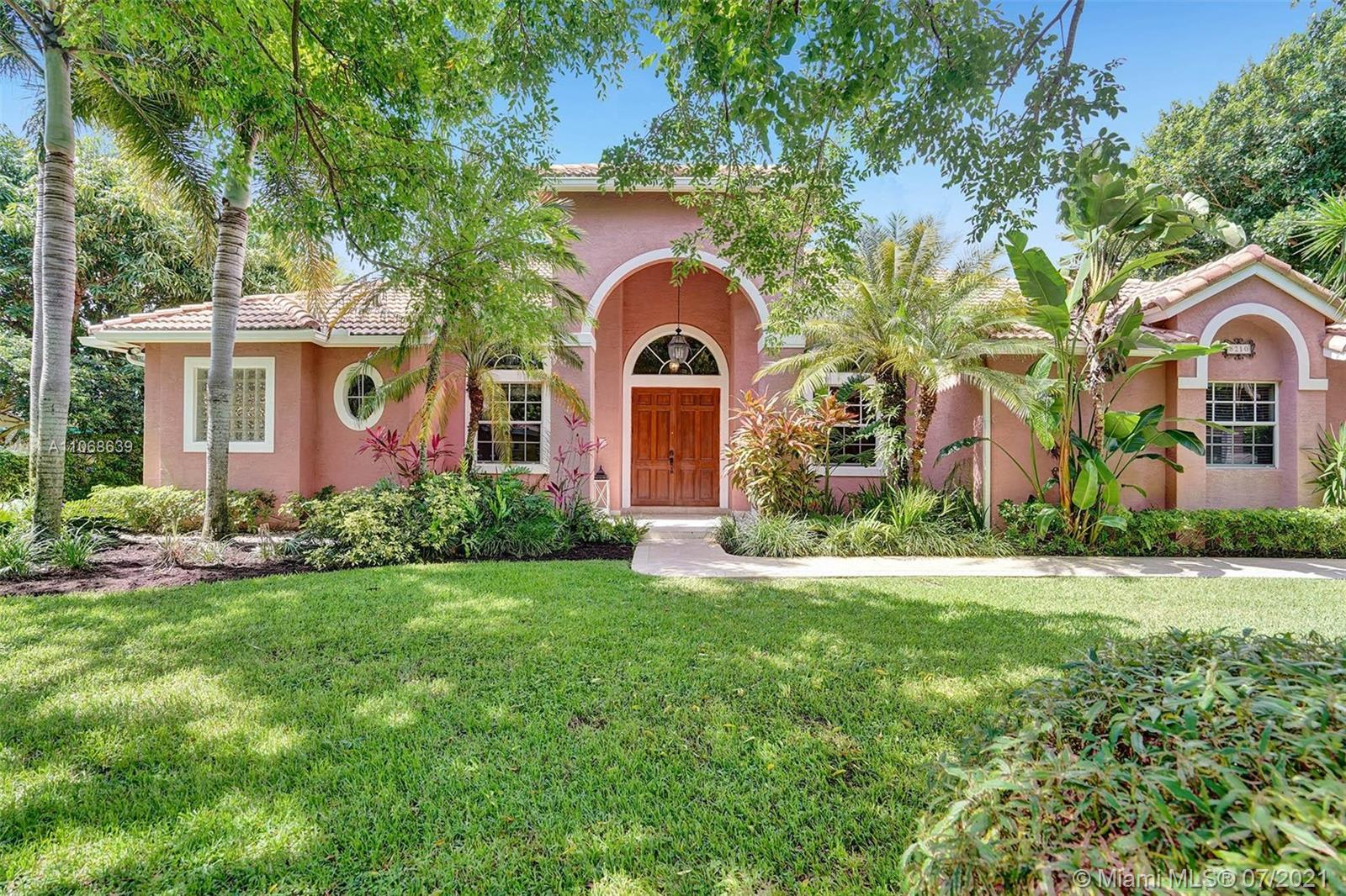 8210 SW 173rd Ter  For Sale A11068639, FL