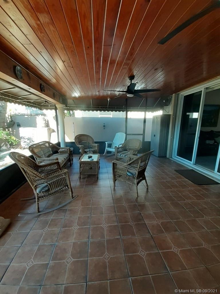 8748 NW 146th Ln  For Sale A11070027, FL