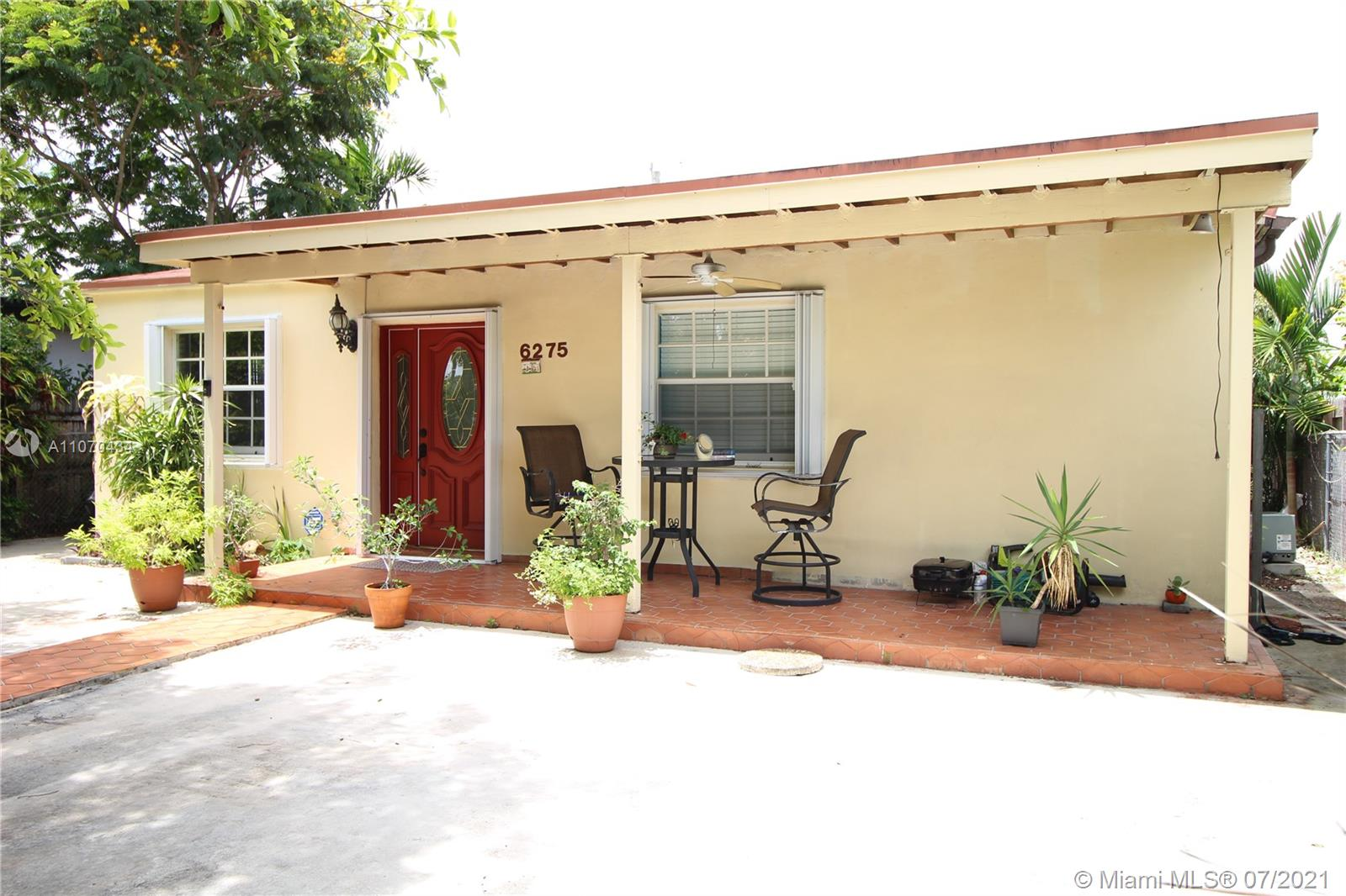 6275 SW 38th St  For Sale A11070434, FL