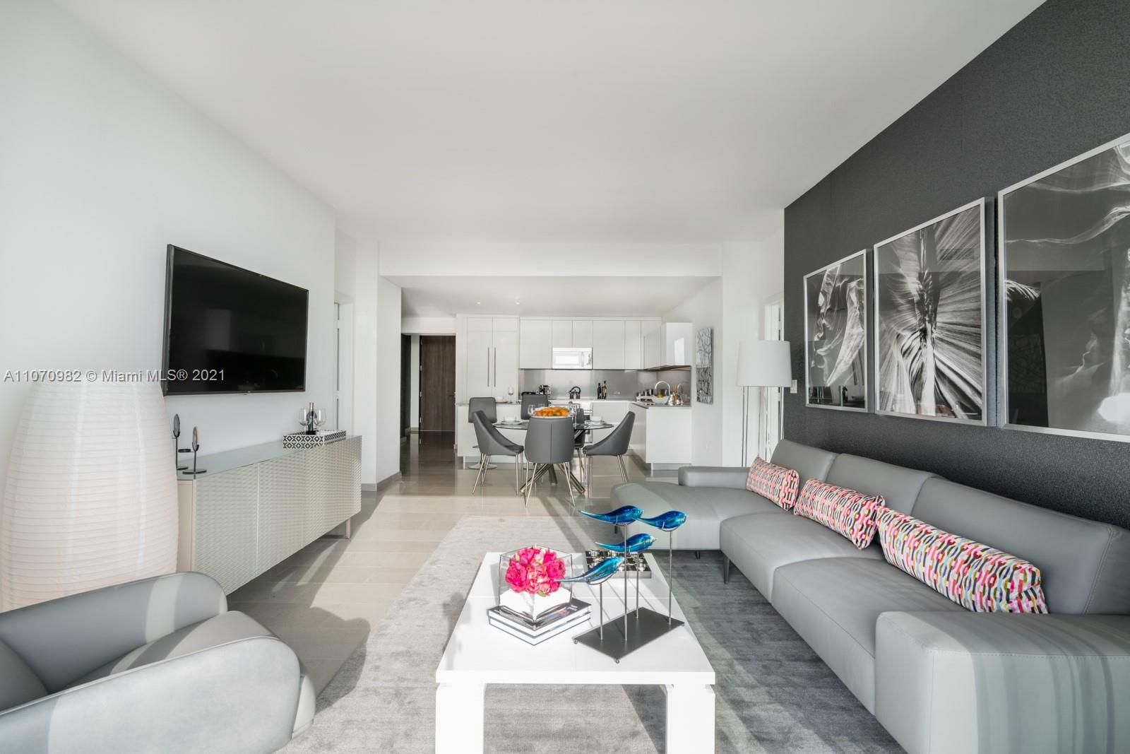 88 SW 7th St #2110 For Sale A11070982, FL