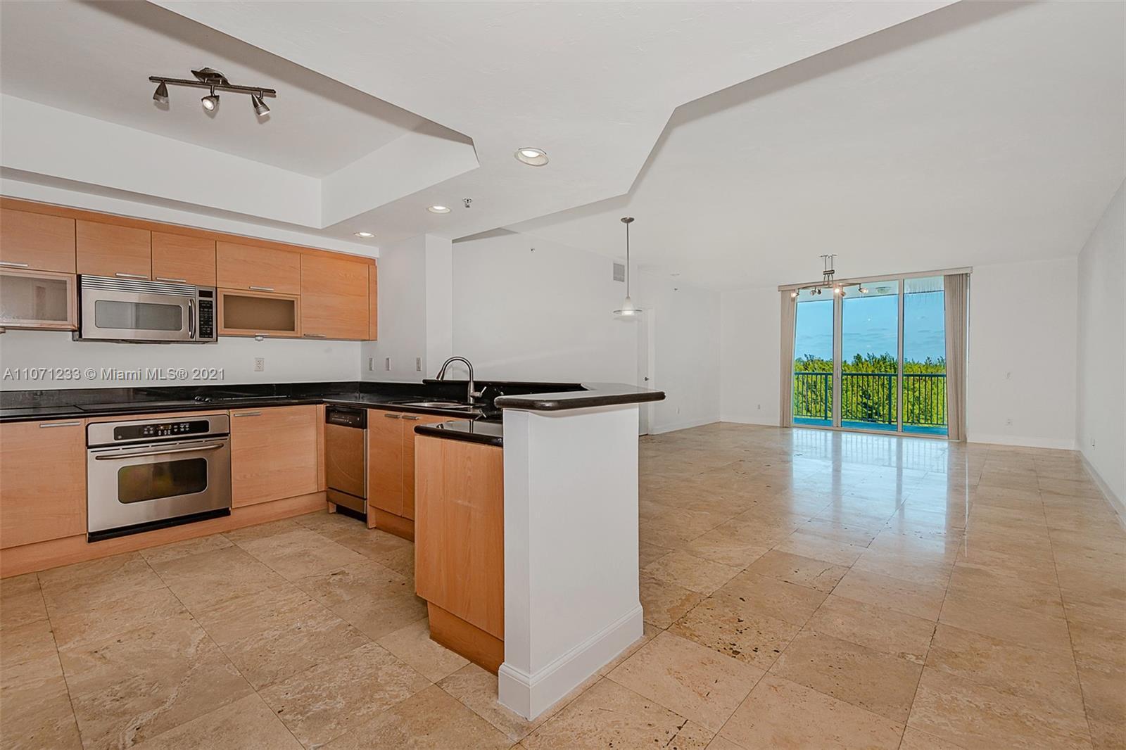 14951  Royal Oaks Ln #902 For Sale A11071233, FL