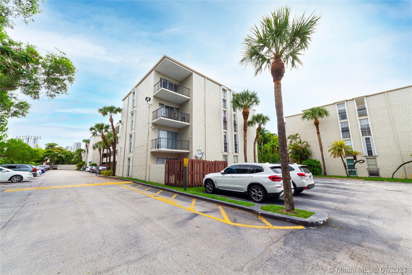 6900 N Kendall Dr #A107 For Sale A11071294, FL