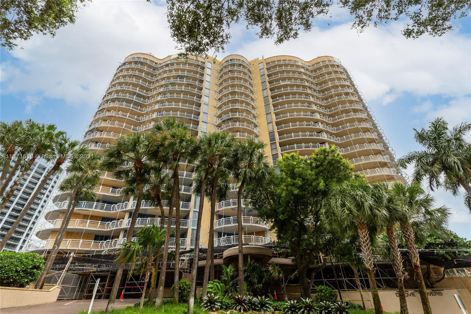 Upgraded High Impact doors lead you to spacious balconies for additional outdoor living. In the middle of the famous Coconut Grove restaurant district.Local Yacht clubs host many world class regattas attracting Sailors both domestic and international. Just in front of crystal  Blue Biscayne Bay walk to the new Regatta Park,Brand new Coco walk The Grove is a serene lush oasis with  chic shops  The area's several green spaces include bay-front Barnacle Historic State Park, home to a mangrove forest, and the iconic Vizcaya Museum and Gardens, centered on a lavish Italian-style villa.   The Building is currently undergoing an extensive restoration which will result in a spectacular (like new) Building.. Full time concierge, valet parking,fitness center,pool,bike storage and tennis courts