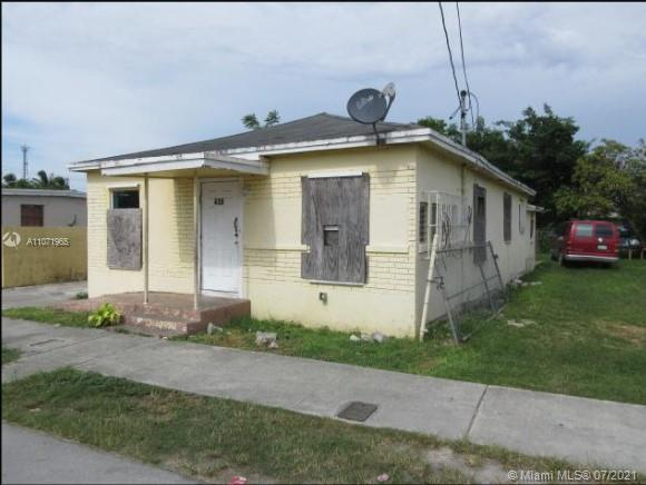 439 SW 7th Ave  For Sale A11071965, FL