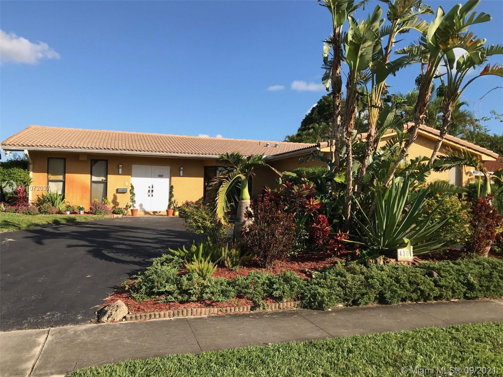 4101 N 36th Ave  For Sale A11072037, FL