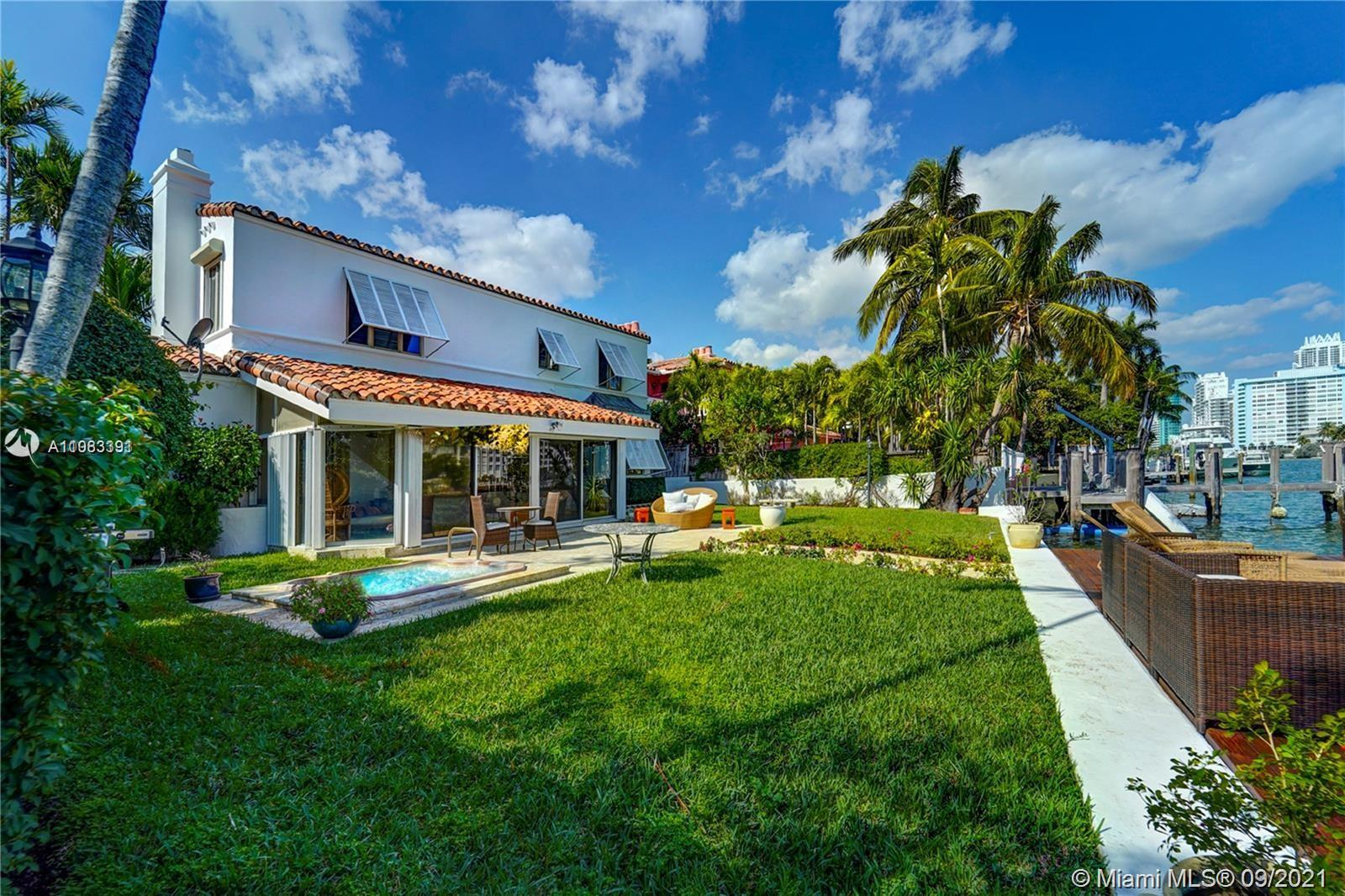 5661  Pine Tree Dr  For Sale A11063391, FL