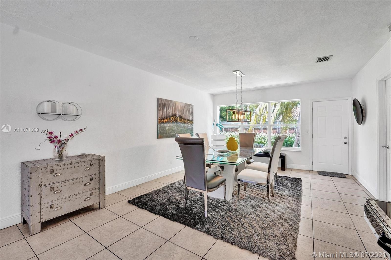 9272  Harding Ave  For Sale A11071998, FL