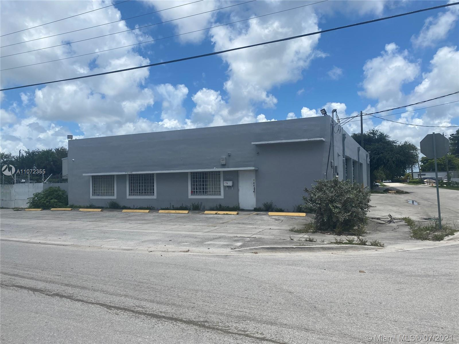5731 SW 23rd St, West Park, FL 33023