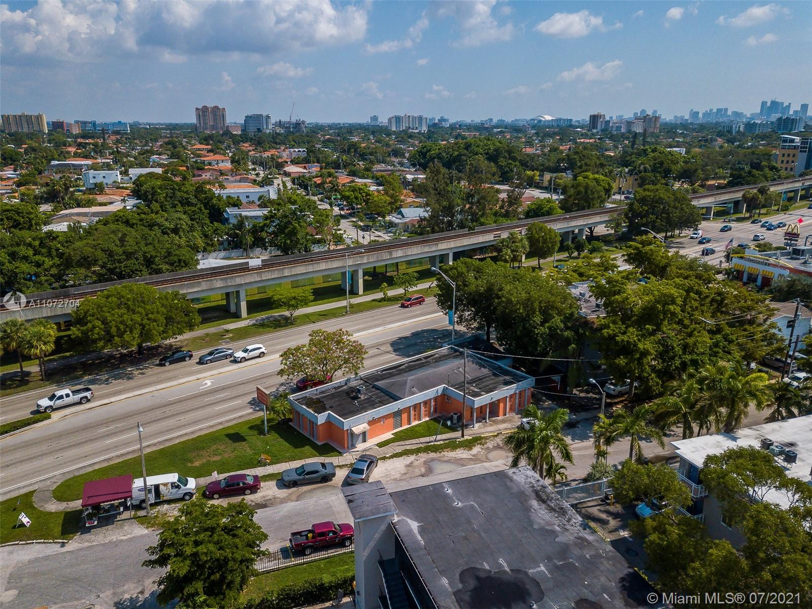 3250 S Dixie Hwy  For Sale A11072704, FL