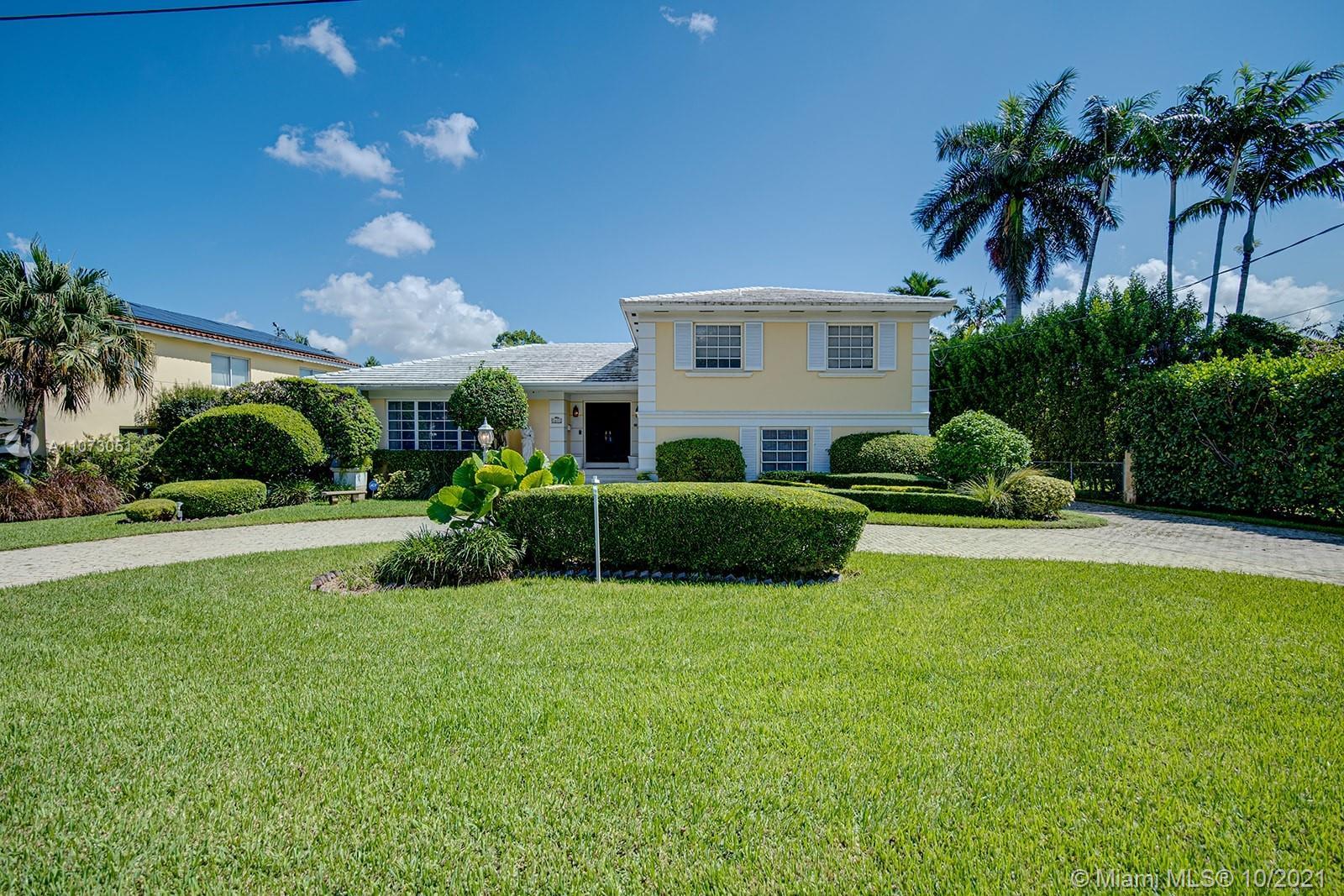 4025  University Dr  For Sale A11073051, FL