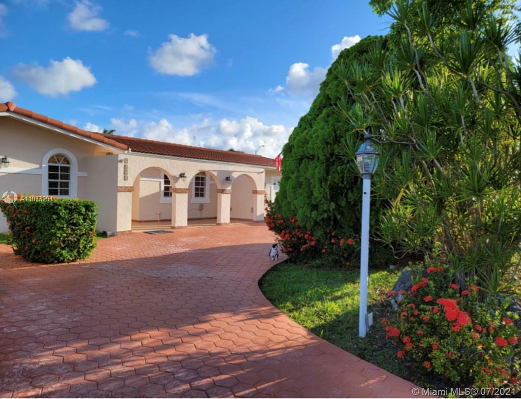 9650 SW 17th St  For Sale A11073294, FL