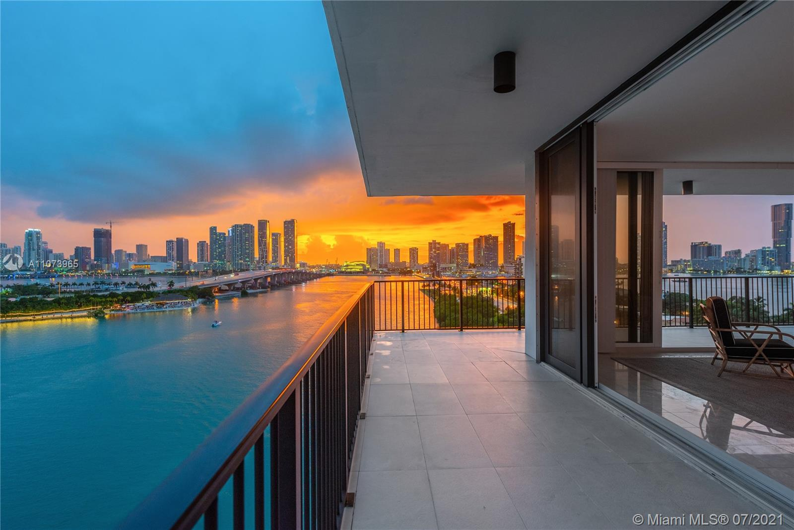 The transition has never been easier: from city, to home, to ocean with the best location and the most iconic views of Miami. Within close distance to the heart of Miami with its cozy and serene surroundings, the most sought-after line in the building, this 2 bedroom/ 2 bath unit is surrounded by spectacular views of Biscayne Bay and the Miami Skyline. The terrace runs the length of the apartment.  The building offers an outdoor picnic area with lush landscaping, as well as tennis and basketball courts, a fully equipped fitness center, two pools, and a spa with sauna. Residents at 1000 Venetian Way Condo can be at any of the city's attractions within minutes.