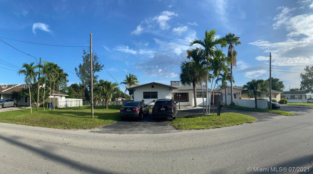 1048 SW 2nd St  For Sale A11074161, FL