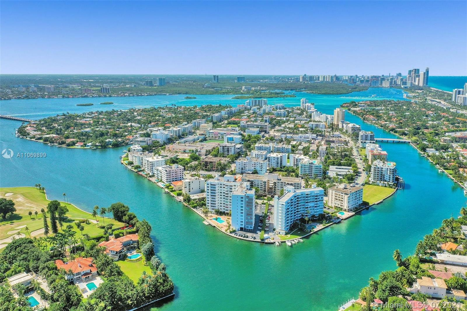 9102 W Bay Harbor Dr #10A For Sale A11069899, FL