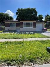 Investors are welcome!!! No restrictions to RENT, 5 min to the beach The house is in original state, 3 bedroom and 2 bathroom, 1500 SQF as per owner.