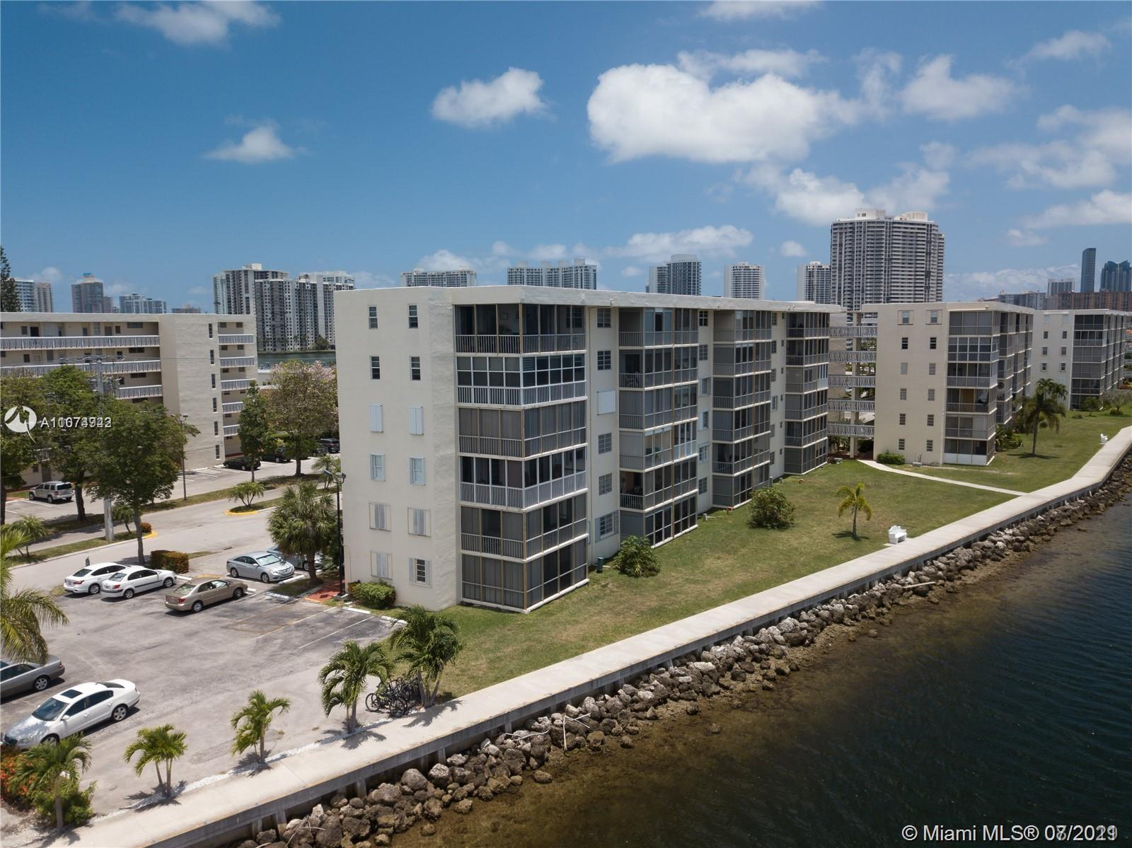 Undisclosed For Sale A11074942, FL