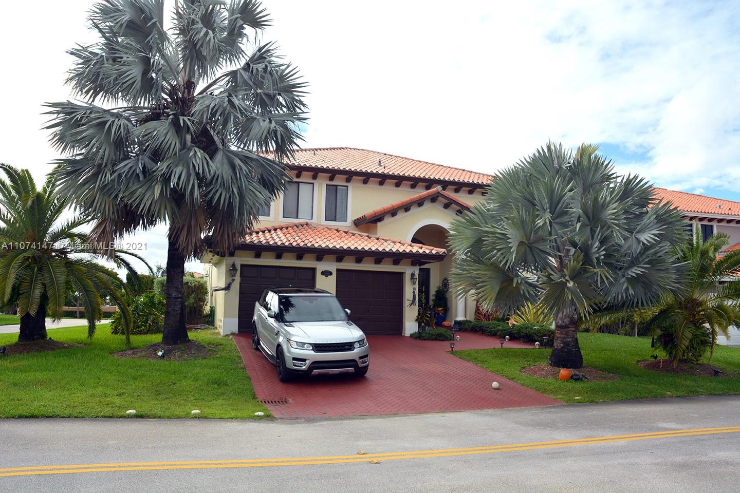 18986 SW 76th Ave  For Sale A11074147, FL