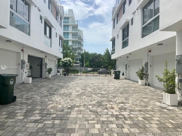 Undisclosed For Sale A11075005, FL