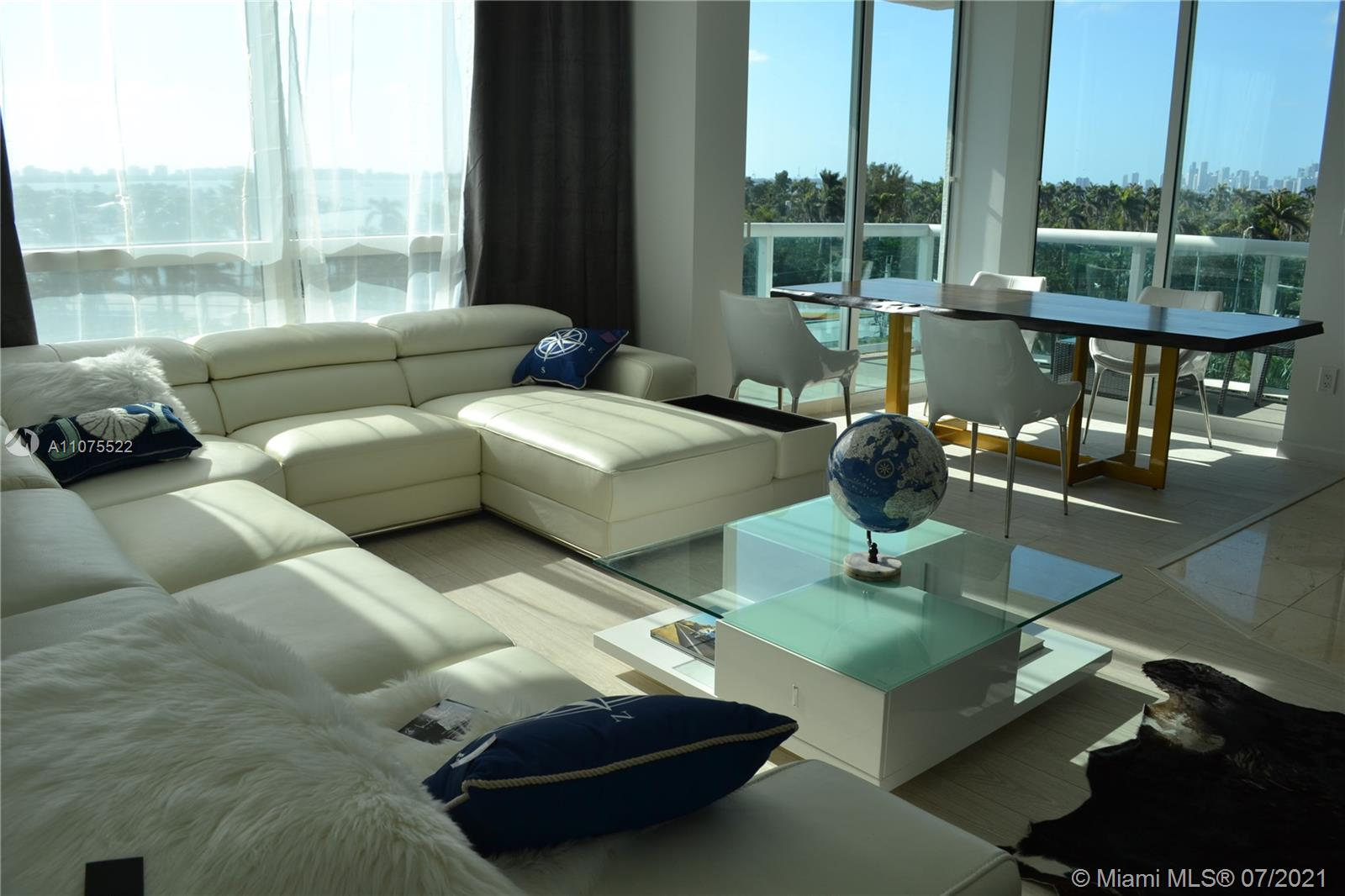 Best line in the building. Amazing floor plan, 1552 sq. ft, corner unit with ocean views from each room in luxury 360 building on the water. Light and bright, 2 huge balconies with Miami Skyline. 2 garage parking plus valet and guest parking, 5 star amenities including 2 heated pools, jacuzzi, gym, sauna, concierge, 24/7 security. True luxury resort style living. Marina for your Yacht. Fully equipped open Italian style kitchen with ss appliances and granite countertops. Washer and dryer inside Huge panoramic floor to ceiling impact proof windows and sliding balcony doors.