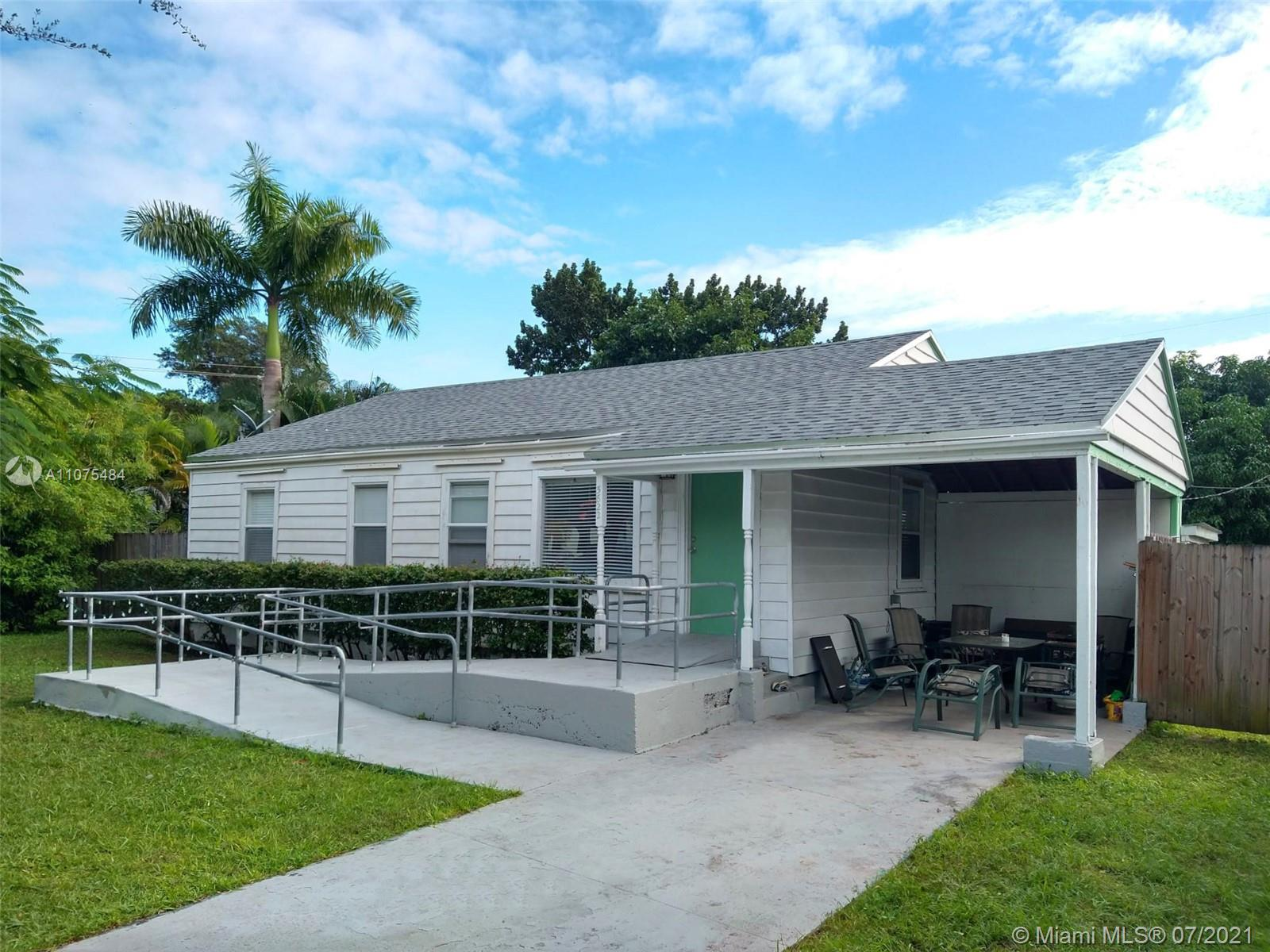 5822 SW 60th St  For Sale A11075484, FL