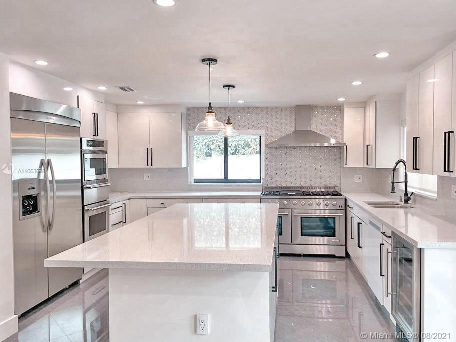 7524  Mutiny Ave  For Sale A11063698, FL