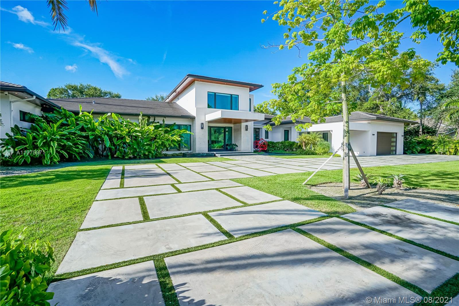 5995 SW 97th St  For Sale A11075971, FL