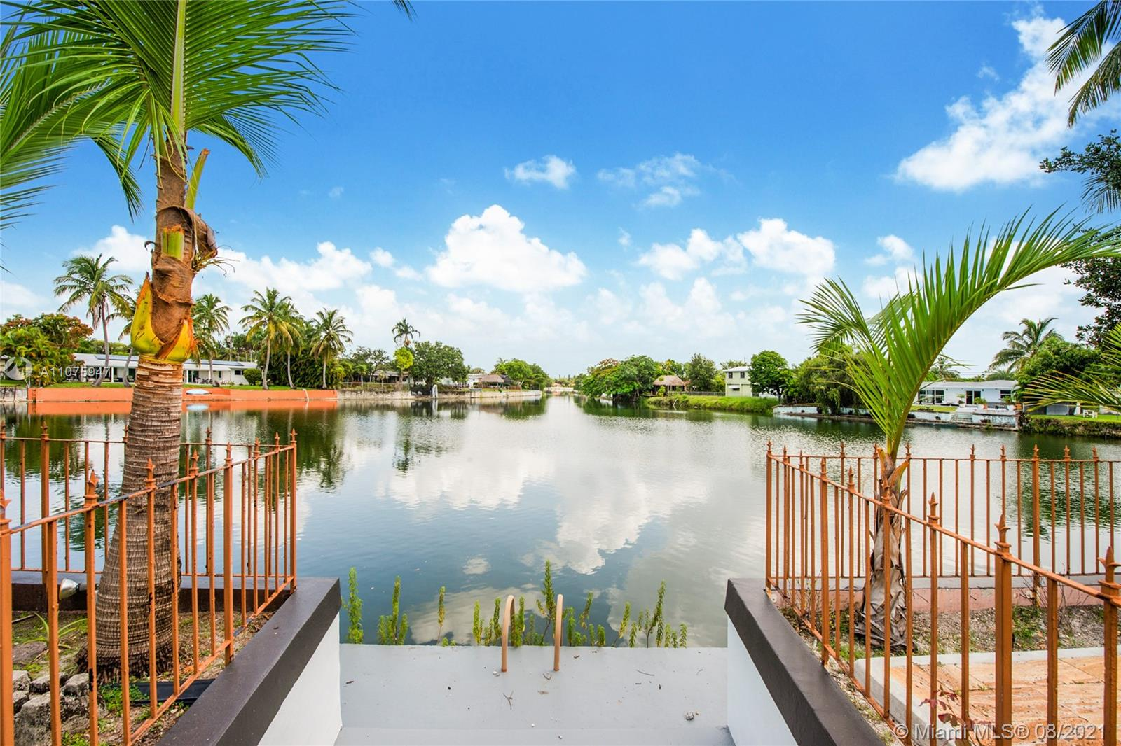 6401 SW 62nd Ter  For Sale A11075947, FL