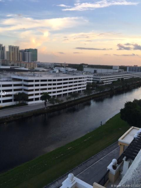 8395 SW 73rd Ave #910 For Sale A11074314, FL