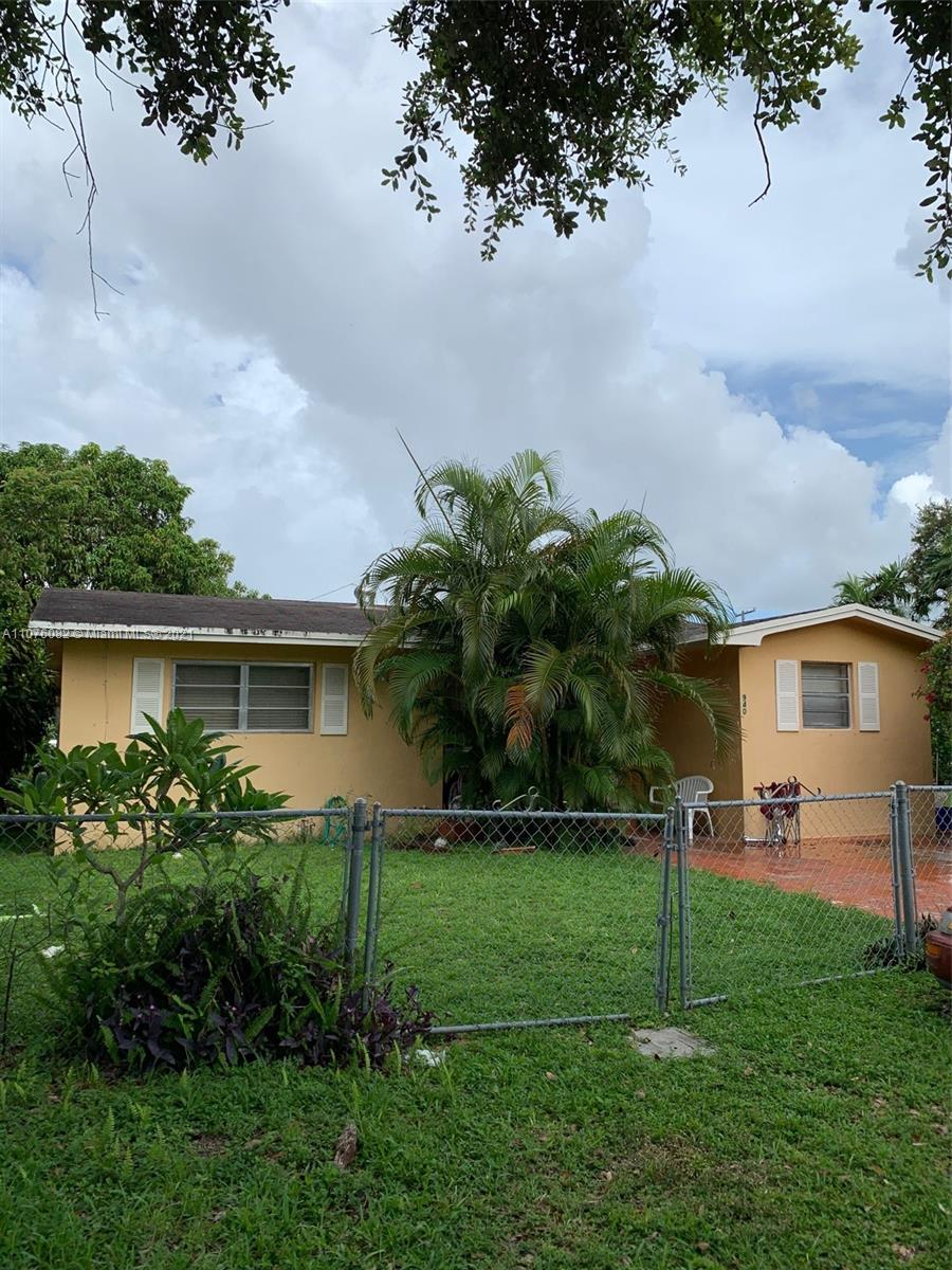 935 NW 32nd Ct  For Sale A11076082, FL