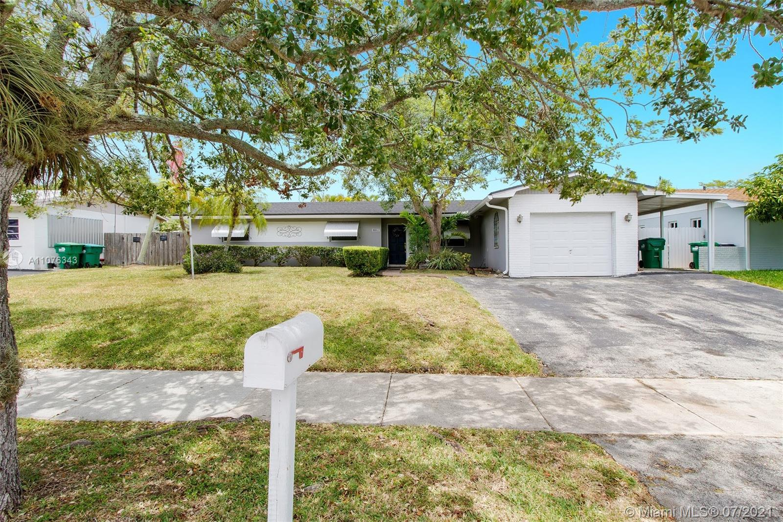 8841 SW 198th St  For Sale A11076343, FL