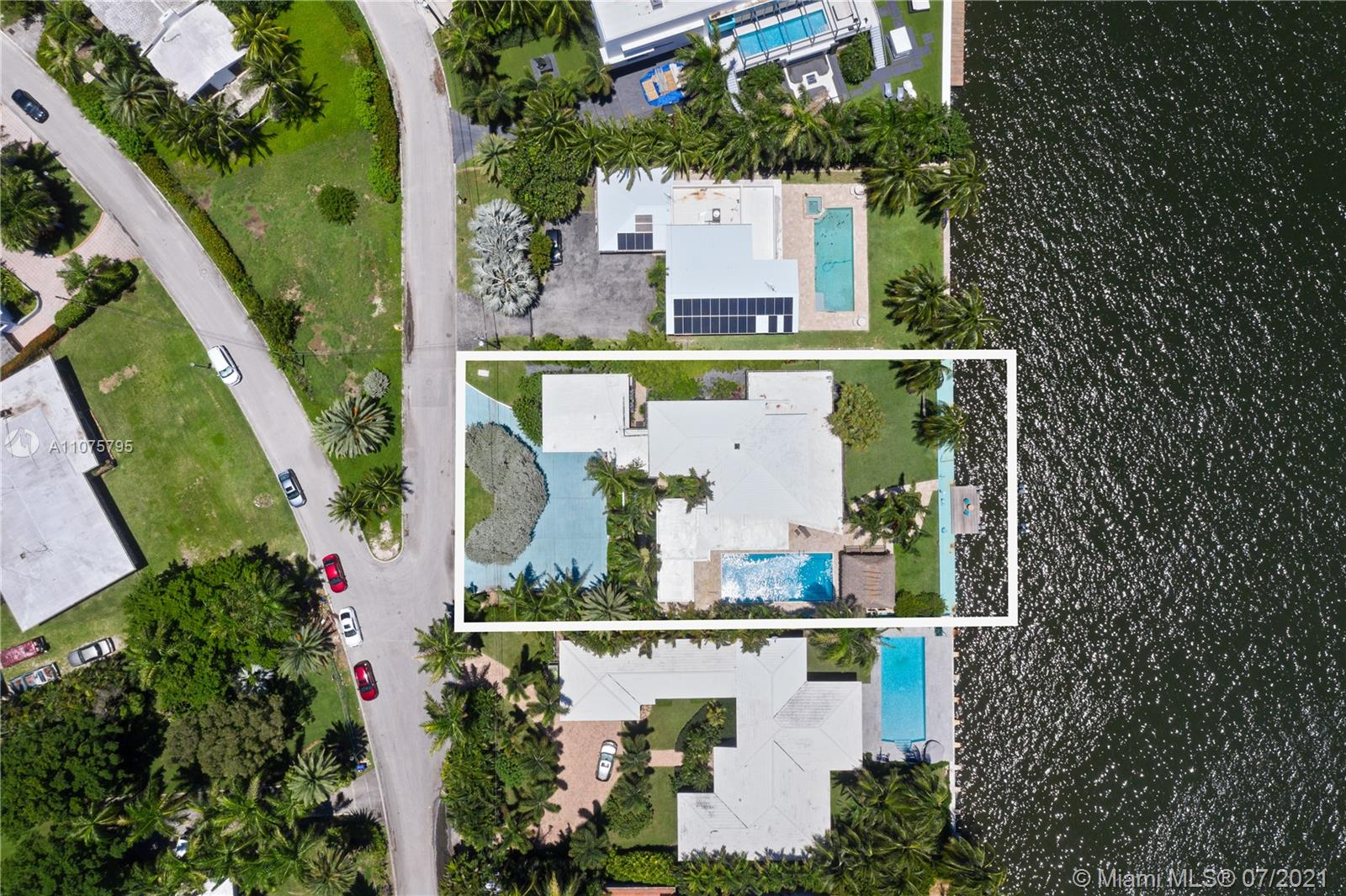 7351  Belle Meade Island Dr  For Sale A11075795, FL