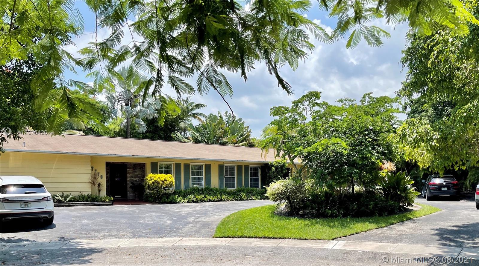 Undisclosed For Sale A11076426, FL