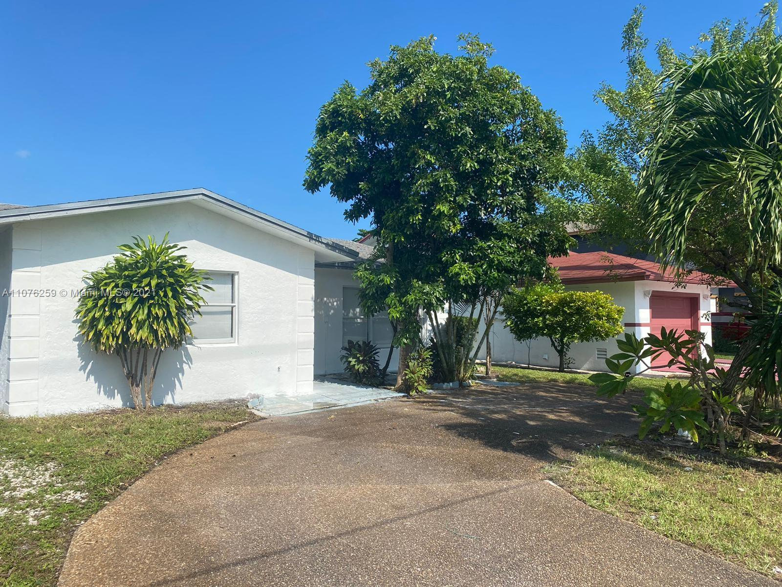 175 SW 4th St #n/a For Sale A11076259, FL