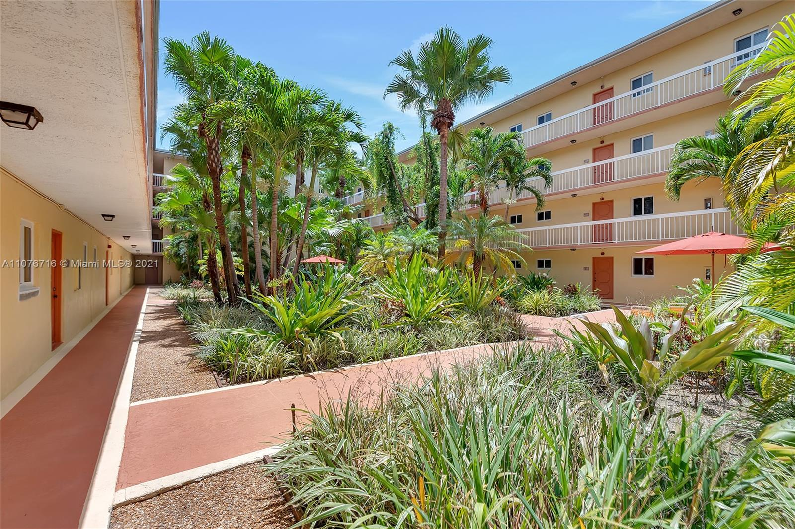 7850  Camino Real #320 For Sale A11076716, FL