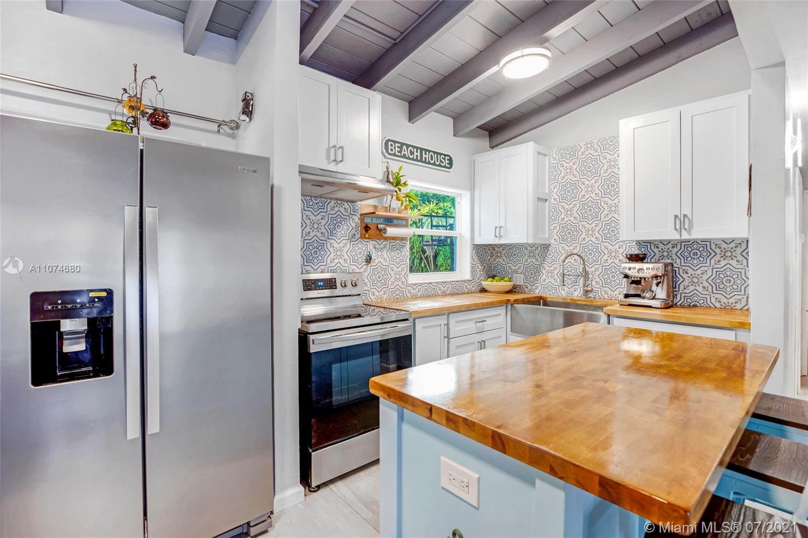 172  Cherokee St  For Sale A11074680, FL